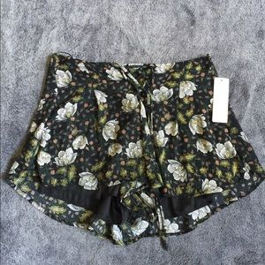 Anna Grace Black Floral Shorts